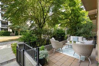 """Photo 15: 104 2175 SALAL Drive in Vancouver: Kitsilano Condo for sale in """"Sovana"""" (Vancouver West)  : MLS®# R2604772"""