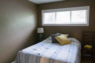 Photo 17: 32A Wellington Place SW in Calgary: Wildwood Semi Detached for sale : MLS®# A1117733