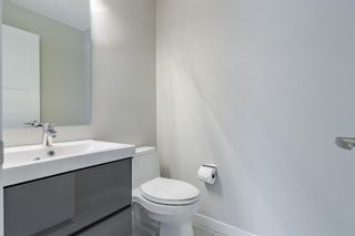 Photo 11: 24 Coachway Green SW in Calgary: Coach Hill Row/Townhouse for sale : MLS®# A1104483