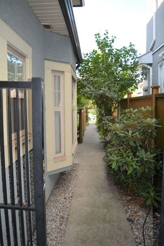 Photo 17: 2168 FRANKLIN STREET in Vancouver: Hastings Townhouse for sale (Vancouver East)  : MLS®# R2382704