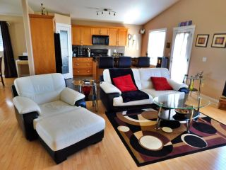 Photo 9: 4713 39 Avenue: Gibbons House for sale : MLS®# E4246901