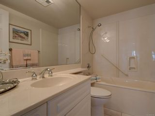 Photo 16: 402 2550 Bevan Ave in : Si Sidney South-East Condo for sale (Sidney)  : MLS®# 860006