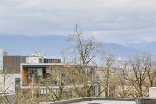 "Photo 15: 311 202 E 24TH Avenue in Vancouver: Main Condo for sale in ""BLUETREE ON MAIN"" (Vancouver East)  : MLS®# R2157224"