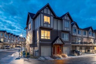 Photo 2: 105 Sherwood Lane NW in Calgary: Sherwood Row/Townhouse for sale : MLS®# A1082424