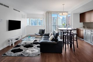 Photo 4: 1801 918 COOPERAGE WAY in Vancouver: Yaletown Condo for sale (Vancouver West)  : MLS®# R2502607