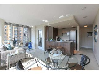 """Photo 1: 701 1088 RICHARDS Street in Vancouver: Yaletown Condo for sale in """"RICHARDS LIVING"""" (Vancouver West)  : MLS®# V1139508"""