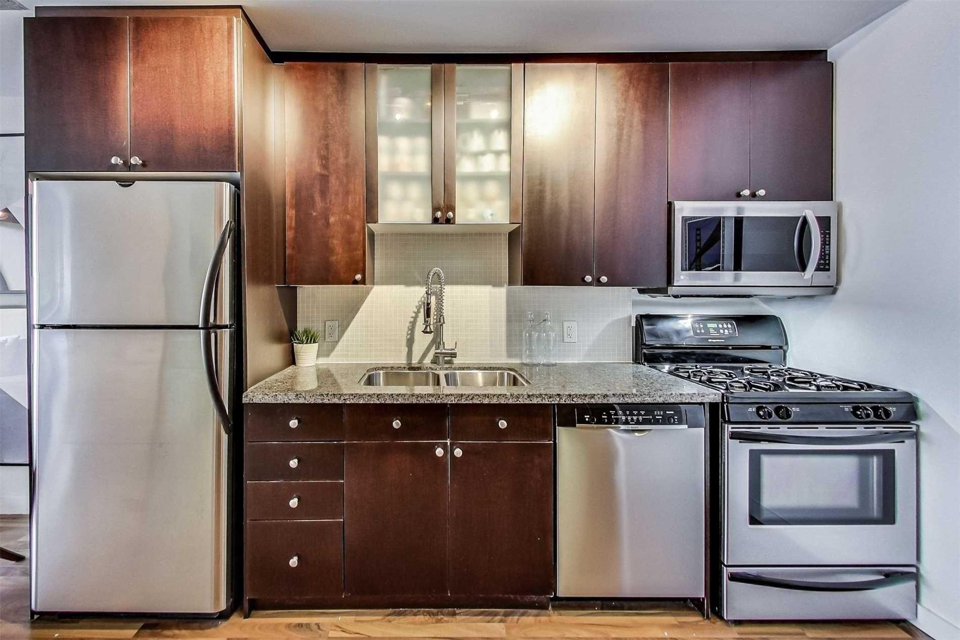 Photo 5: Photos: 307 1 Shaw Street in Toronto: Niagara Condo for sale (Toronto C01)  : MLS®# C4525736