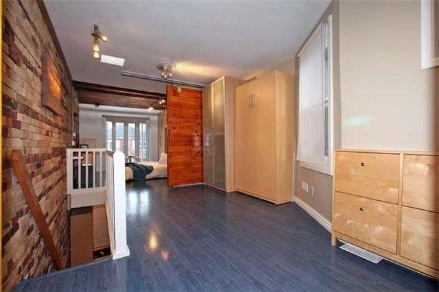 Photo 4: Photos: 20 Empire Avenue in Toronto: South Riverdale House (2-Storey) for lease (Toronto E01)  : MLS®# E3442602