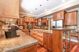 "Photo 6: 1019 JAY Crescent in Squamish: Garibaldi Highlands House for sale in ""Thunderbird Creek"" : MLS®# R2375998"
