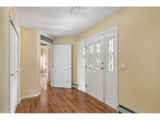 """Photo 4: 14172 85B Avenue in Surrey: Bear Creek Green Timbers House for sale in """"Brookside"""" : MLS®# R2482361"""