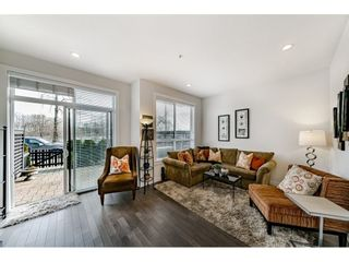 """Photo 2: 8 100 WOOD Street in New Westminster: Queensborough Townhouse for sale in """"Rivers Walk"""" : MLS®# R2439146"""