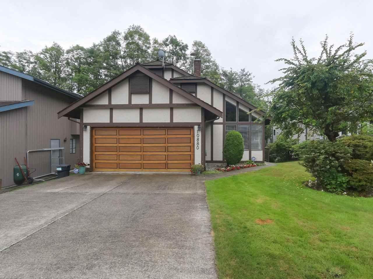 "Main Photo: 10880 63 Avenue in Delta: Sunshine Hills Woods House for sale in ""SUNSHINE HILLS"" (N. Delta)  : MLS®# R2439758"