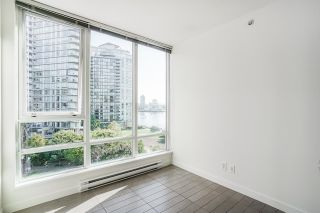 """Photo 26: 805 980 COOPERAGE Way in Vancouver: Yaletown Condo for sale in """"COOPERS POINTE by Concord Pacific"""" (Vancouver West)  : MLS®# R2614161"""