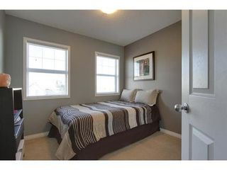 Photo 14: 342 EVERGLEN Rise SW in Calgary: 2 Storey for sale : MLS®# C3586109