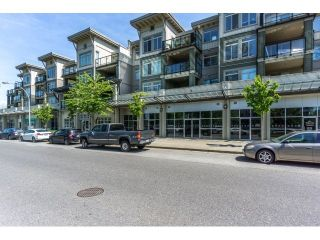 "Photo 12: 420 10180 153RD Street in Surrey: Guildford Condo for sale in ""charlton park"" (North Surrey)  : MLS®# R2136806"