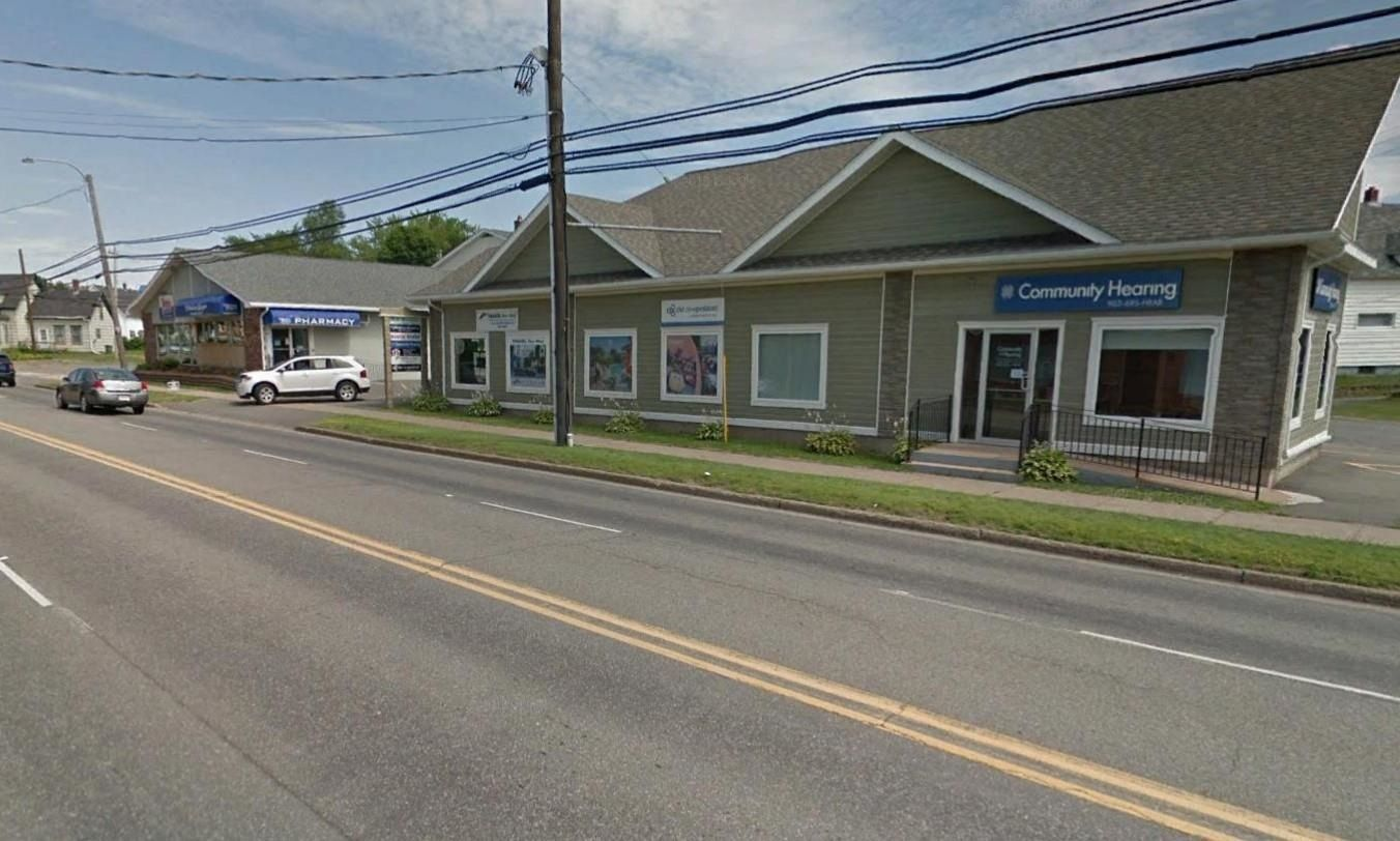 Main Photo: 526-534 N East River Road in New Glasgow: 106-New Glasgow, Stellarton Commercial for sale (Northern Region)  : MLS®# 202118040