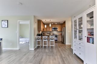 """Photo 7: 1605 2982 BURLINGTON Drive in Coquitlam: North Coquitlam Condo for sale in """"Edgemont by BOSA"""" : MLS®# R2500283"""