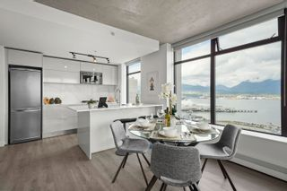 Main Photo: 2201 108 W CORDOVA Street in Vancouver: Downtown VW Condo for sale (Vancouver West)  : MLS®# R2625094