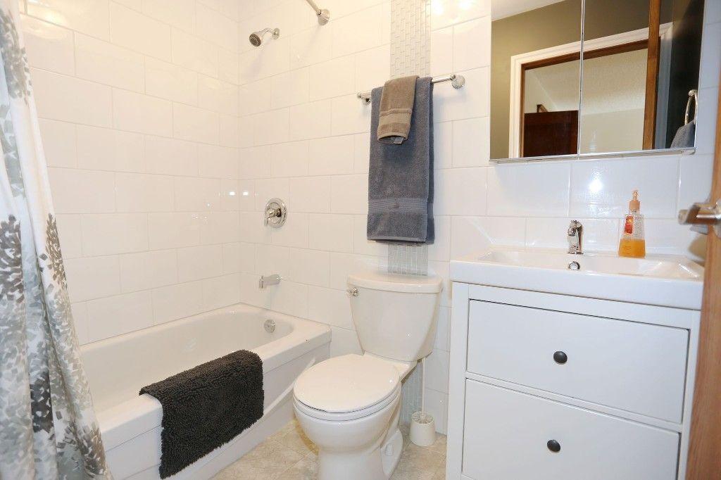 Photo 14: Photos: 233 Lipton Street in Winnipeg: Wolseley Duplex for sale (5B)  : MLS®# 1715525