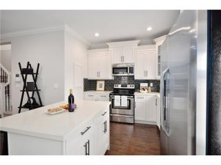Photo 5: 7254 STRIDE Avenue in Burnaby: Edmonds BE 1/2 Duplex for sale (Burnaby East)  : MLS®# V911198