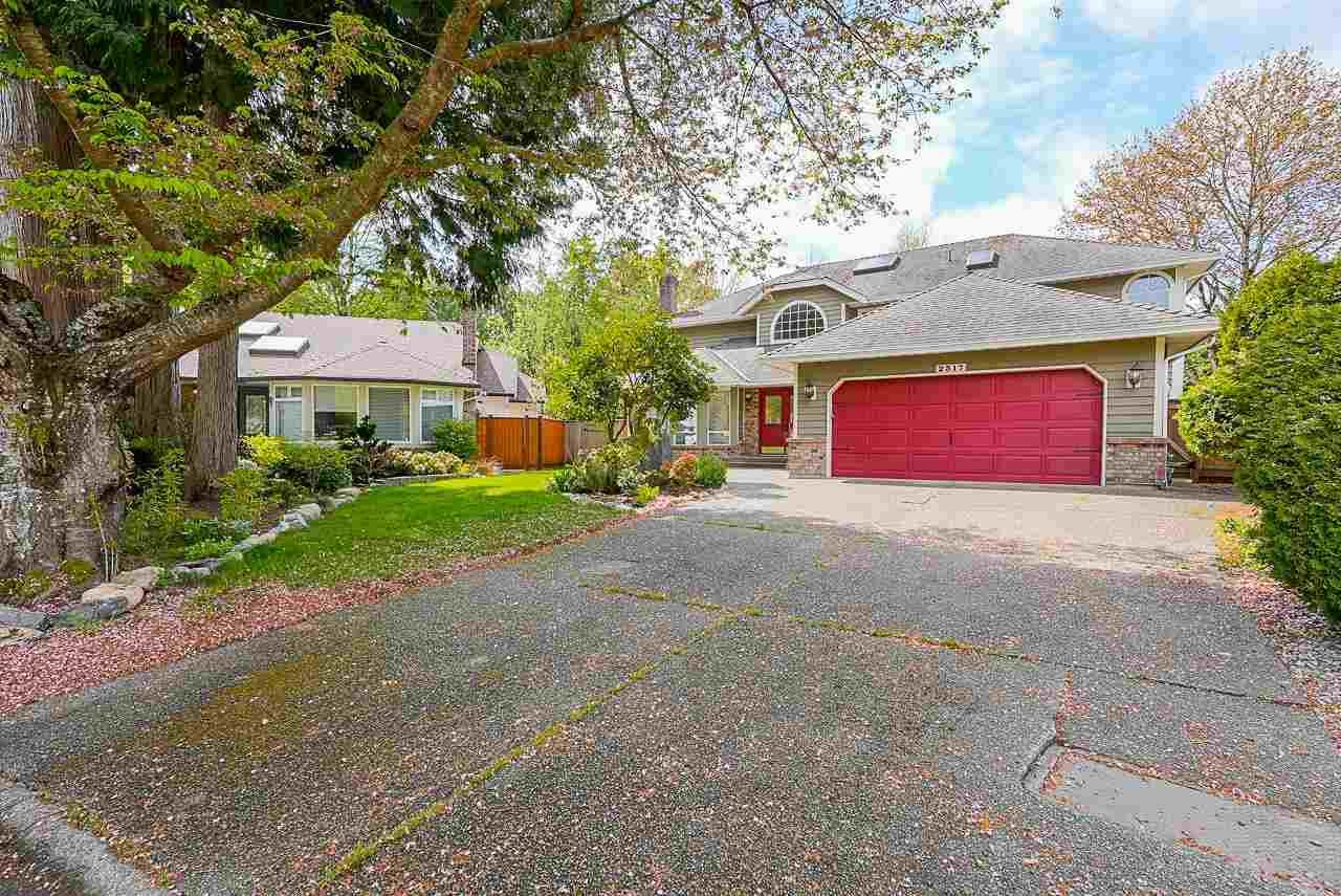 """Main Photo: 2317 150B Street in Surrey: Sunnyside Park Surrey House for sale in """"Meridian Area"""" (South Surrey White Rock)  : MLS®# R2593318"""