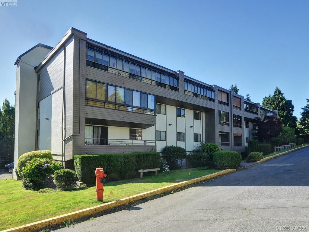 Main Photo: 305 955 Dingley Dell in VICTORIA: Es Kinsmen Park Condo for sale (Esquimalt)  : MLS®# 794846