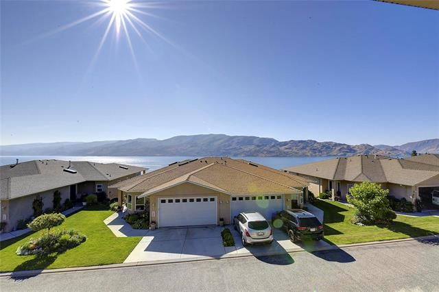 Main Photo: 129 5300 Huston Road: Peachland House for sale : MLS®# 10212962