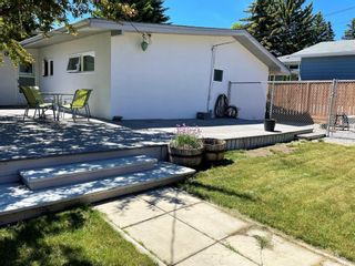 Photo 36: 150 Cornwallis Drive NW in Calgary: Cambrian Heights Detached for sale : MLS®# A1122258