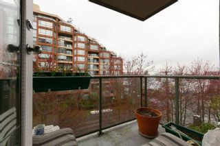 """Photo 9: 401 2288 PINE Street in Vancouver: Fairview VW Condo for sale in """"The Fairview"""" (Vancouver West)  : MLS®# R2251724"""