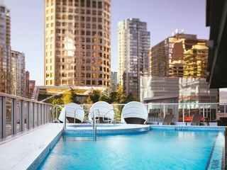 """Photo 44: 2606 1111 ALBERNI Street in Vancouver: West End VW Condo for sale in """"Shangri-La Vancouver"""" (Vancouver West)  : MLS®# R2478466"""