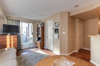 Photo 9: 405 680 CLARKSON STREET in New Westminster: Downtown NW Condo for sale : MLS®# R2322081
