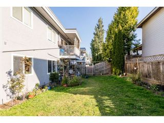"""Photo 26: 13 33900 MAYFAIR Avenue in Abbotsford: Central Abbotsford Townhouse for sale in """"Mayfair Gardens"""" : MLS®# R2563828"""