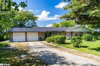Main Photo: 5978 8TH LINE in Essa: House for sale : MLS®# 40167139