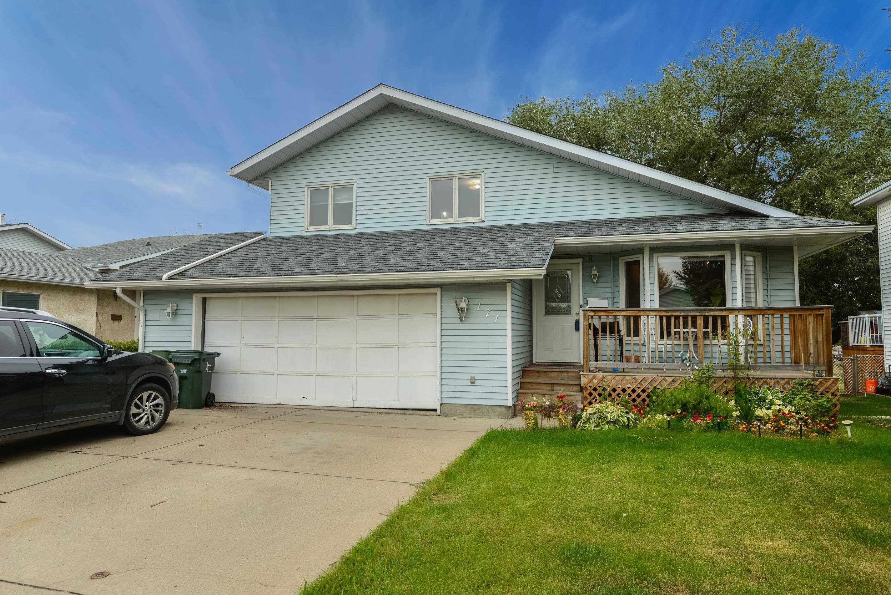 Main Photo: 171 ST. ANDREWS Drive: Stony Plain House for sale : MLS®# E4260753