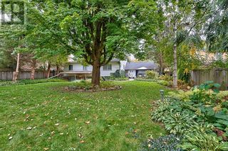 Photo 34: 379 LAKESHORE RD W in Oakville: House for sale : MLS®# W5399645
