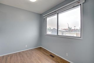 Photo 12: 2 519 64 Avenue NE in Calgary: Thorncliffe Row/Townhouse for sale : MLS®# A1140749