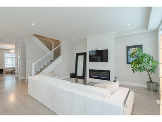 """Photo 6: 16 19938 70 Avenue in Langley: Willoughby Heights Townhouse for sale in """"CREST"""" : MLS®# R2493488"""