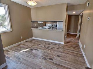 Photo 5: 257 Lancaster Terrace in Edmonton: Zone 27 Townhouse for sale : MLS®# E4256171
