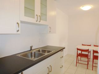 """Photo 8: 229 2033 TRIUMPH Street in Vancouver: Hastings Condo for sale in """"MCKENZIE HOUSE"""" (Vancouver East)  : MLS®# R2073311"""