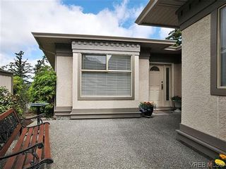 Photo 19: 18 4300 Stoneywood Lane in VICTORIA: SE Broadmead Row/Townhouse for sale (Saanich East)  : MLS®# 610675