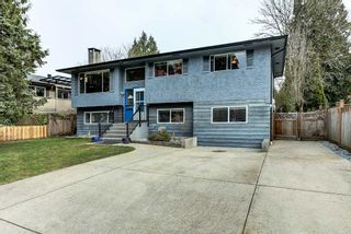 Photo 1: 11754 GRAVES Street in Maple Ridge: Southwest Maple Ridge House for sale : MLS®# R2545983