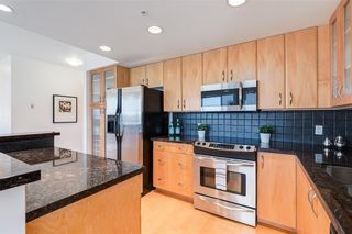 Photo 4: 2504 1078 6 Avenue SW in Calgary: Downtown West End Apartment for sale : MLS®# C4264239