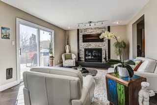 Photo 11: 20 Woodfield Road SW in Calgary: Woodbine Detached for sale : MLS®# A1100408