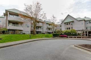 Photo 2: # 414 6735 STATION HILL CT in Burnaby: South Slope Condo for sale (Burnaby South)  : MLS®# V1056659