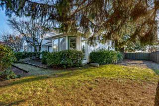 Photo 4: 7 19060 119 AVENUE in Pitt Meadows: Central Meadows Townhouse for sale : MLS®# R2533407