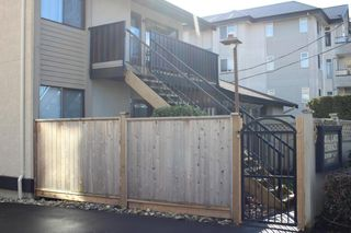"""Photo 4: 1 33136 MILL LAKE Road in Abbotsford: Central Abbotsford Townhouse for sale in """"Mill Lake Terrace"""" : MLS®# R2523361"""