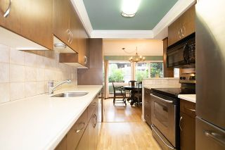 """Photo 9: 104 235 KEITH Road in West Vancouver: Cedardale Townhouse for sale in """"SPURAWAY GARDENS"""" : MLS®# R2518546"""