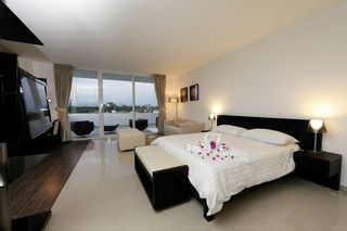 Photo 13: Fully Furnished Studio Apartment for sale in Playa Blanca