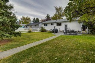 Photo 3: 511 Aberdeen Road SE in Calgary: Acadia Detached for sale : MLS®# A1153029