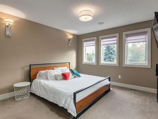 Photo 17: 407 22 Avenue NW in Calgary: Mount Pleasant Semi Detached for sale : MLS®# A1098810